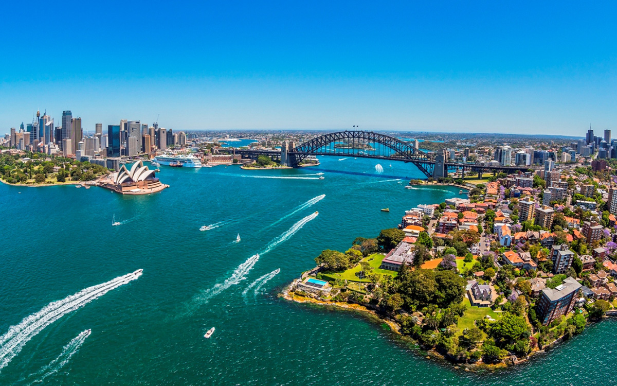 Kirribilli-and-Sydney-Harbour_Image-Destination-NSW
